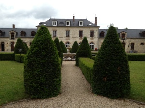 The stunning Chateau we stay in for our Champagne Tours!