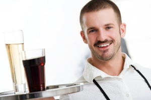 Waiter_with_glasses_extralarge